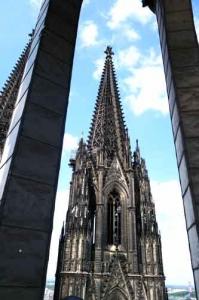 Le voyage 2014 à Cologne, avec visite des parties hautes de la cathédrale.